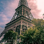 Play Eiffel Tower Jigsaw